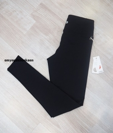 Apparel-women essential legging-Black